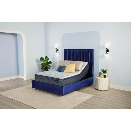 Serta - Serene Sky - Plush - Pillow Top - Full