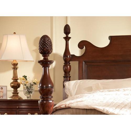Fine Furniture Design - Bedford Pineapple Post King Bed