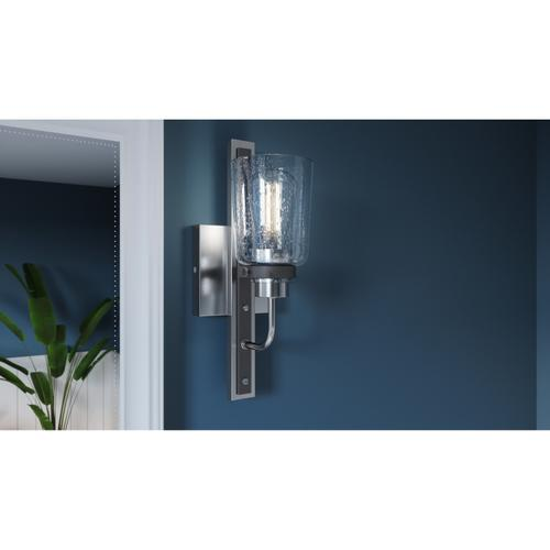 Quoizel - Axel Wall Sconce in Brushed Nickel