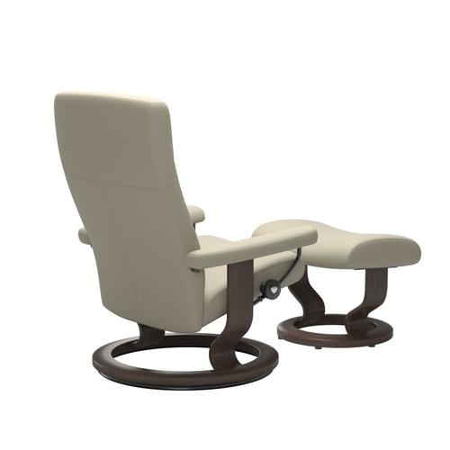 Stressless By Ekornes - Stressless® Dover (L) Classic chair with footstool