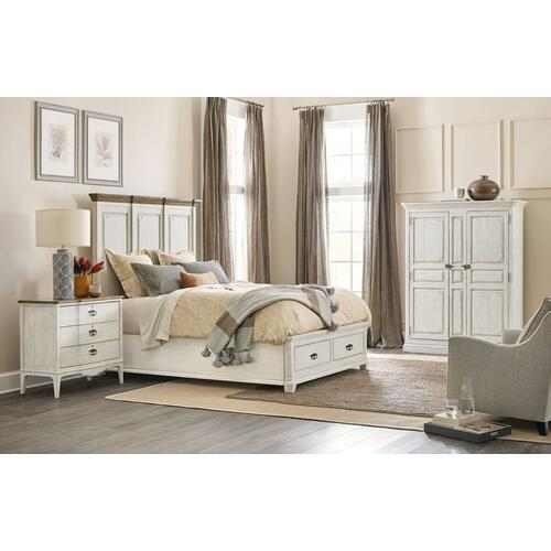 Bedroom Montebello Queen Wood Mansion Bed w/ Storage Footboard