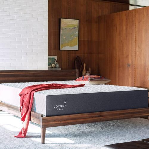 Cocoon By Sealy - Chill Firm - Mattress in a Box - Queen