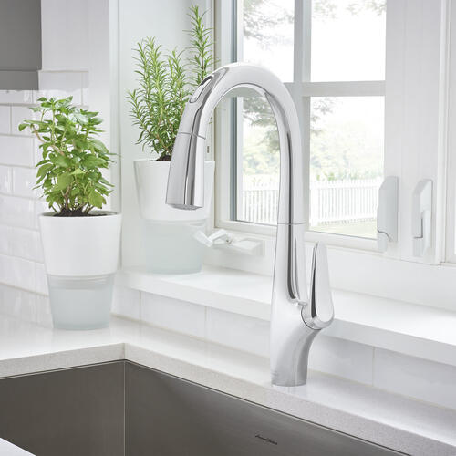 American Standard - Avery Selectronic Hands-Free Pull-Down Kitchen Faucet  American Standard - Polished Chrome