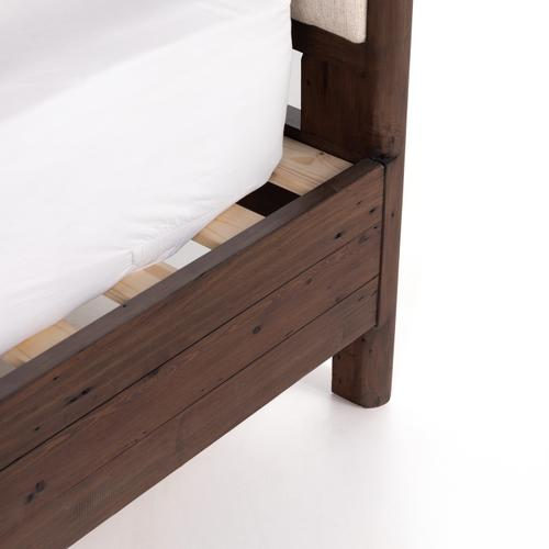 Queen Size Lineo Upholstered Bed