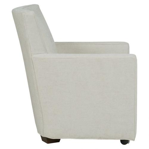 Fairfield - Craven EasyClean Lounge Chair with Front Casters