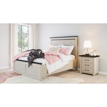 Madison County 4 PC Queen Panel Bedroom: Bed, Dresser, Mirror, Nightstand - Vintage White