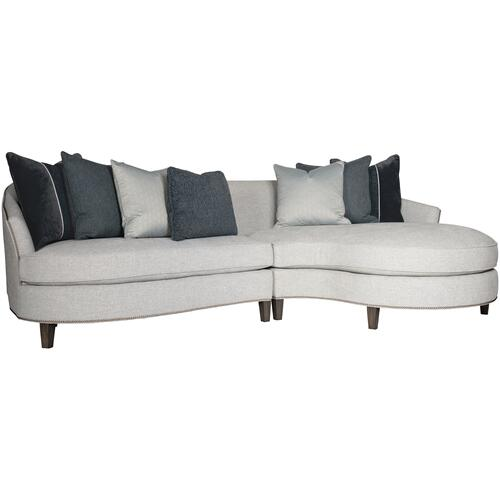 Brannen Sectional in Aged Gray (788)