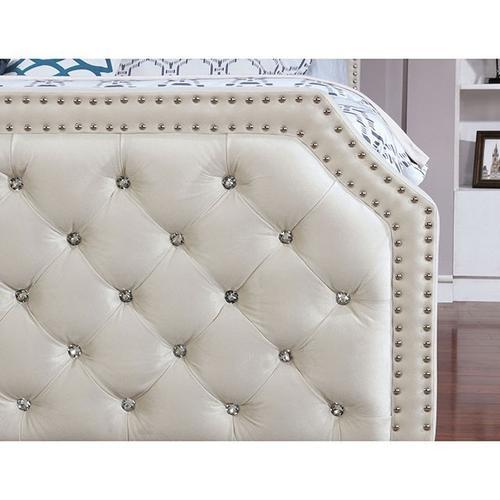 Claudine Bed