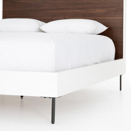 King Size Tucker Bed
