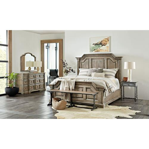 Bedroom La Grange Bradshaw King Panel Bed
