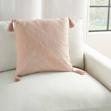 """Kathy Ireland Pillow Aa443 Blush 20"""" X 20"""" Throw Pillow"""