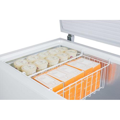 Summit - 18 CU.FT. Chest Freezer