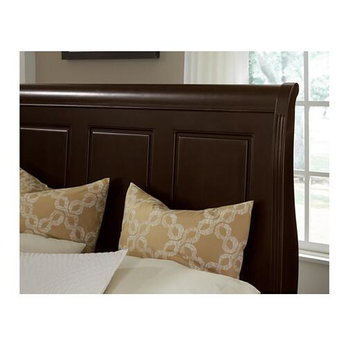 Sleigh Bed with Footboard Storage (Queen & King