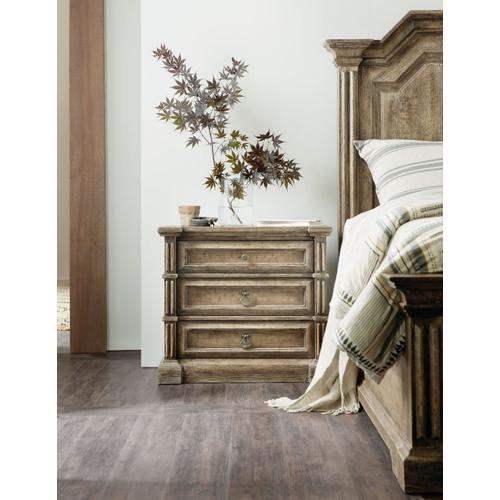 Bedroom La Grange Jefferson Three-Drawer Nightstand