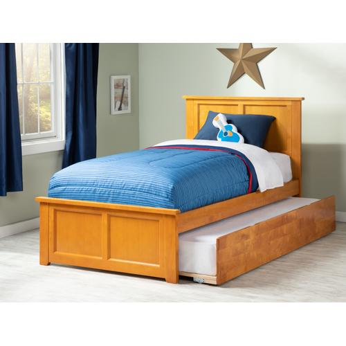 Madison Twin Bed with Matching Foot Board with Urban Trundle Bed in Caramel Latte
