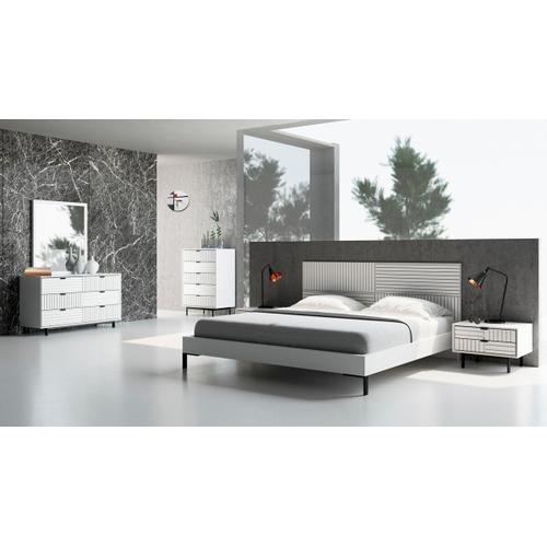 VIG Furniture - Nova Domus Valencia Contemporary White Nightstand