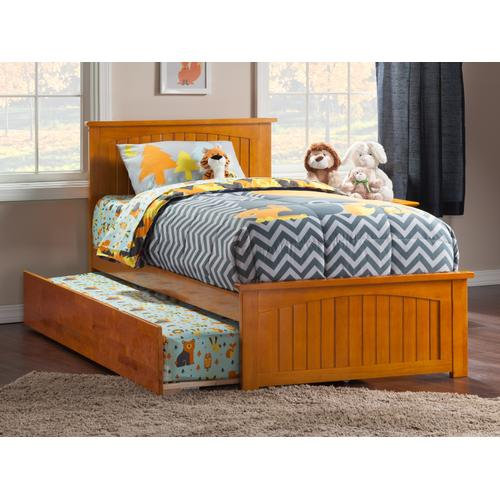 Nantucket Twin Bed with Matching Foot Board with Urban Trundle Bed in Caramel Latte