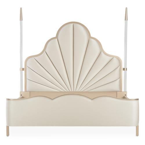 Cal King Scalloped Poster Bed (4 Pc)