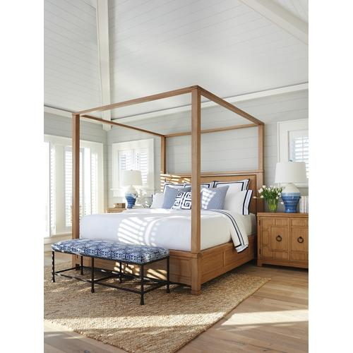 Shorecliff Canopy Bed King