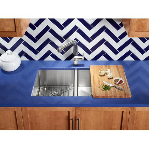 """32"""" X 18-5/16"""" X 9-5/16"""" Undermount Double-equal Kitchen Sink With Accessories"""