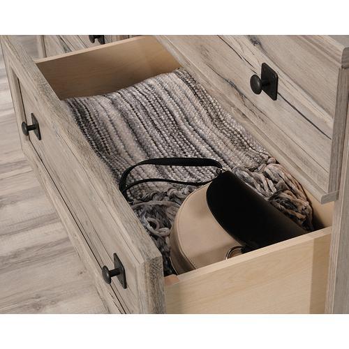 Sauder - Dresser