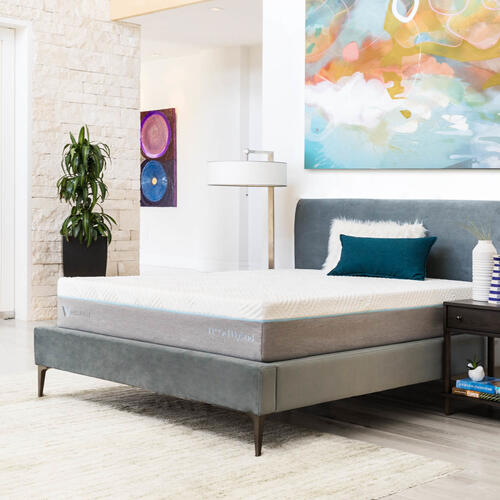 Wellsville 11 Inch Gel Memory Foam Hybrid Mattress Queen