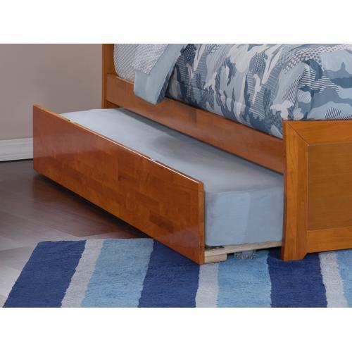 Urban Trundle Bed Twin/Full in Caramel Latte