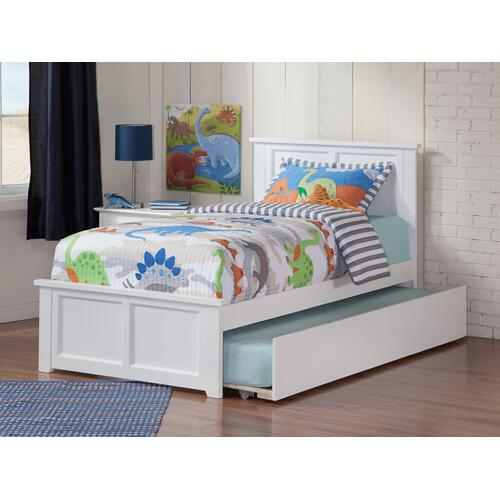 Madison Twin Bed with Matching Foot Board with Urban Trundle Bed in White