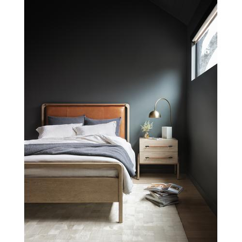 Four Hands - Queen Size Rosedale Bed