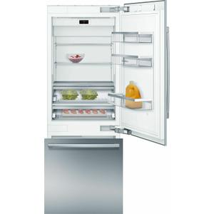 BoschBENCHMARK SERIESBenchmark(R) Built-in Bottom Freezer Refrigerator 30'' B30BB935SS
