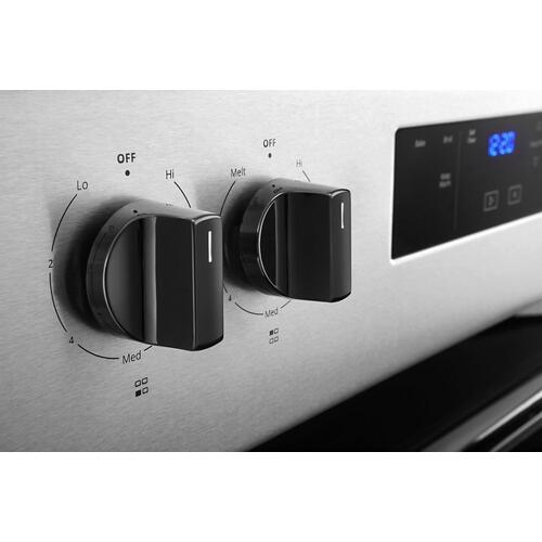 Whirlpool Canada - 4.8 cu. ft. Whirlpool® electric range with Keep Warm setting