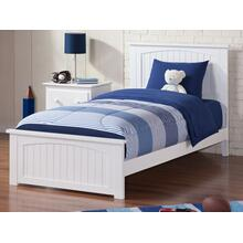 Nantucket Twin XL Bed with Matching Foot Board in White