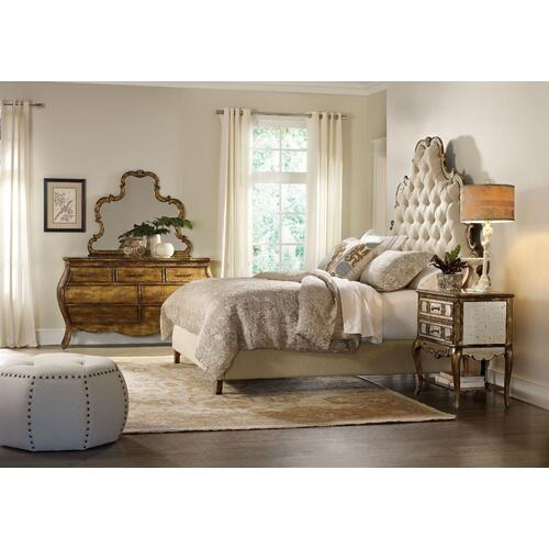 Bedroom Sanctuary King Tufted Bed - Bling