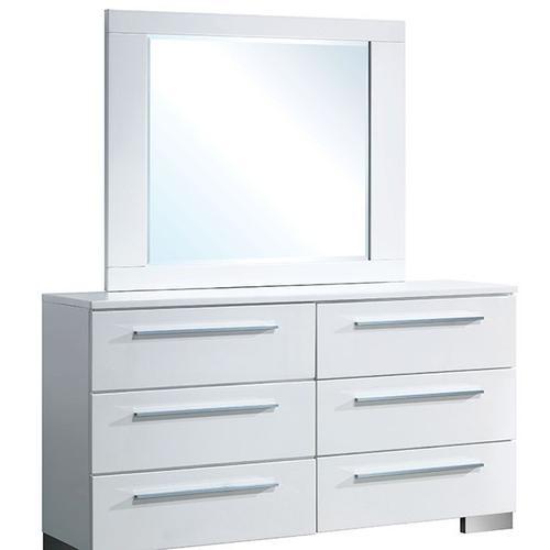 Clementine Dresser