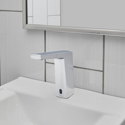 American Standard - Paradigm Selectronic Faucet - DC Powered - 0.5 GPM  American Standard - Polished Chrome