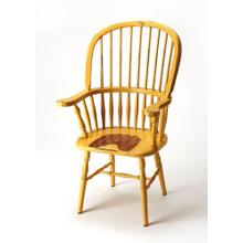 Bring farmhouse charm to your dining room or office space with this classic Windsor back arm chair. Crafted from mahogany wood solids with a spindle-back design, it features an aged yellow heirloom finish.