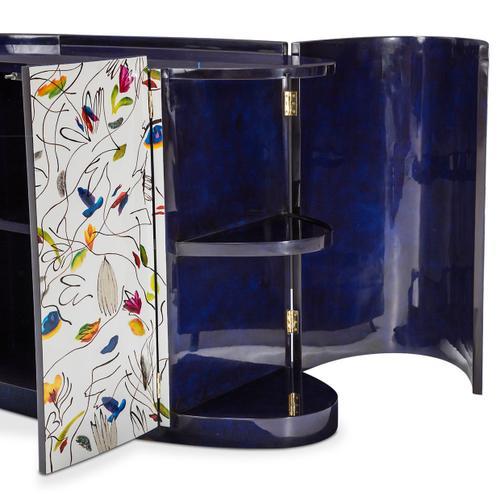Oval Cabinet W/doors