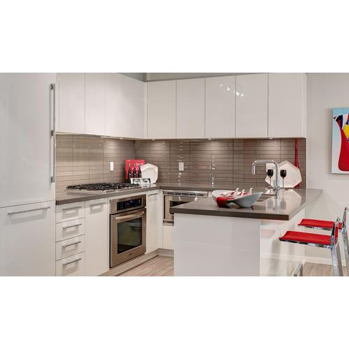"""Product Image - 28"""" insert hood stainless steel"""