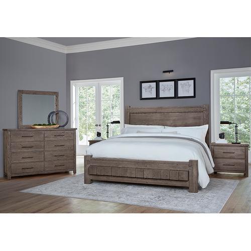Vaughan-Bassett - Queen Poster Bed with 6x6 FB