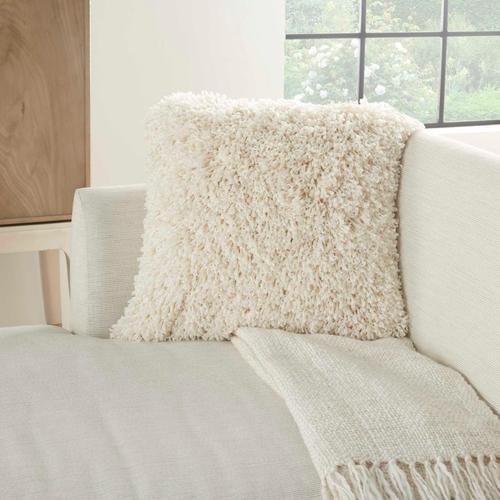 """Kathy Ireland Pillow Tl208 Ivory 20"""" X 20"""" Throw Pillow"""