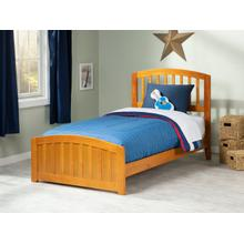 Richmond Twin Bed with Matching Foot Board in Caramel Latte