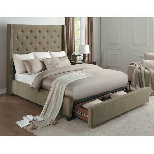 Gallery - Queen Platform Bed with Storage Footboard