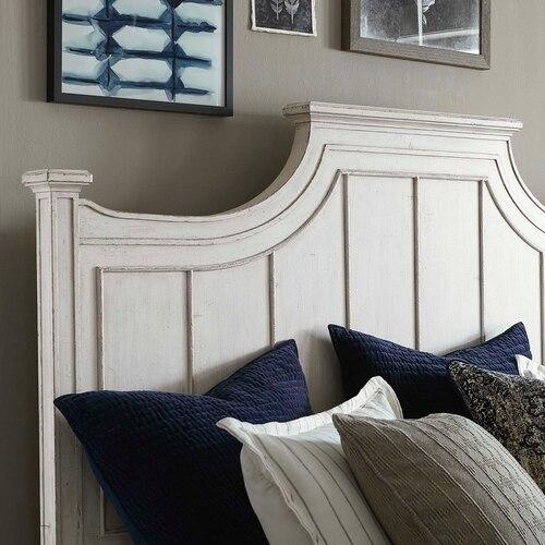 Bassett Furniture - Queen/Aged Whitestone Bella Panel Bed