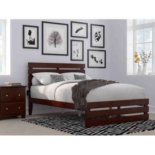 Atlantic Furniture - Oxford Full Bed with Footboard and USB Turbo Charger in Walnut