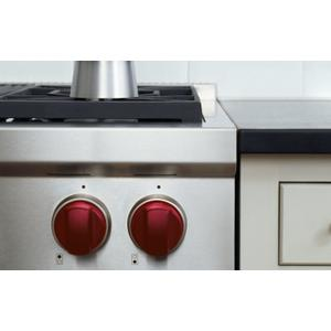 Wolf Sealed Burner Rangetop With Wok Red Knobs