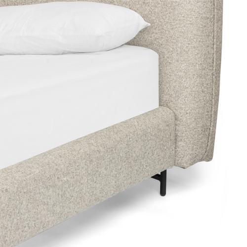 Queen Size Ellum Bed