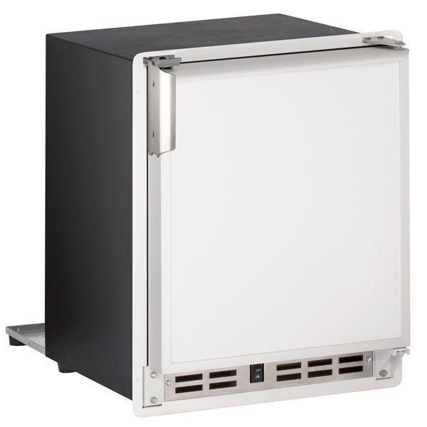 "U-Line15"" Crescent Ice Maker With White Solid Finish (230 V/50 Hz Volts /50 Hz Hz)"