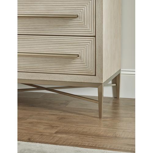 Hooker Furniture - Cascade Six-Drawer Dresser