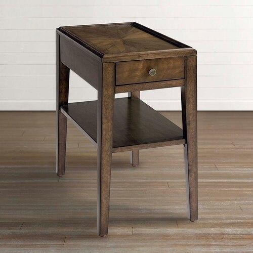 Gallery - Palisades Chairside Table