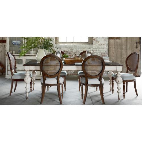 Bassett Furniture - Avondale Rectangular Leg Dining Table